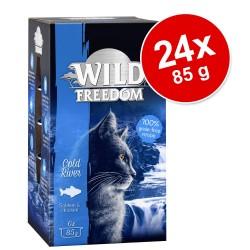 Økonomipakke: 24 x 85 g Wild Freedom Adult i bakke - Farmlands - Okse & Kylling
